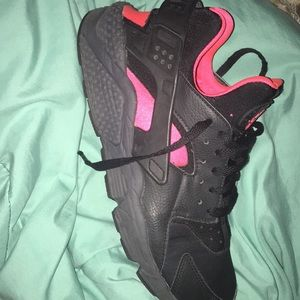 Pink and black nike huaraches